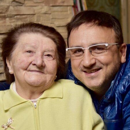 «Я не скучаю, я помню». 7 историй о маме